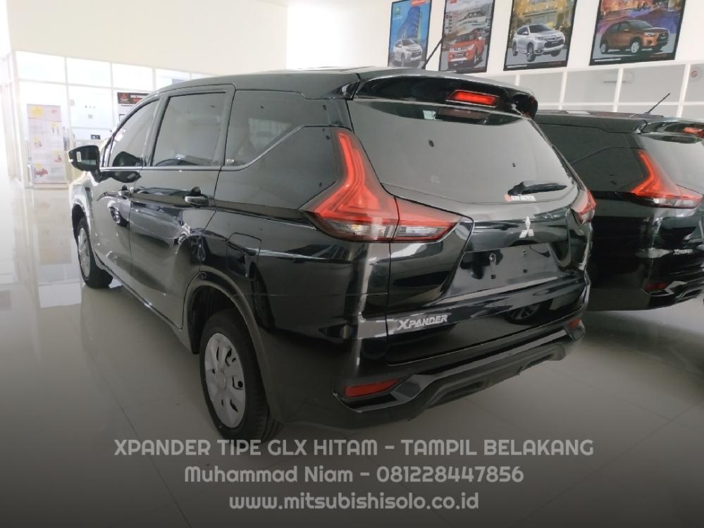 Mitsubishi Xpander Solo GLX Hitam Velg Kaleng