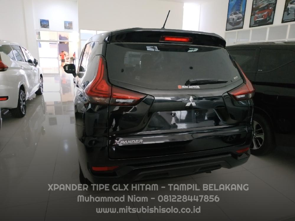 Mitsubishi Xpander Solo GLX Manual Hitam Spoiler