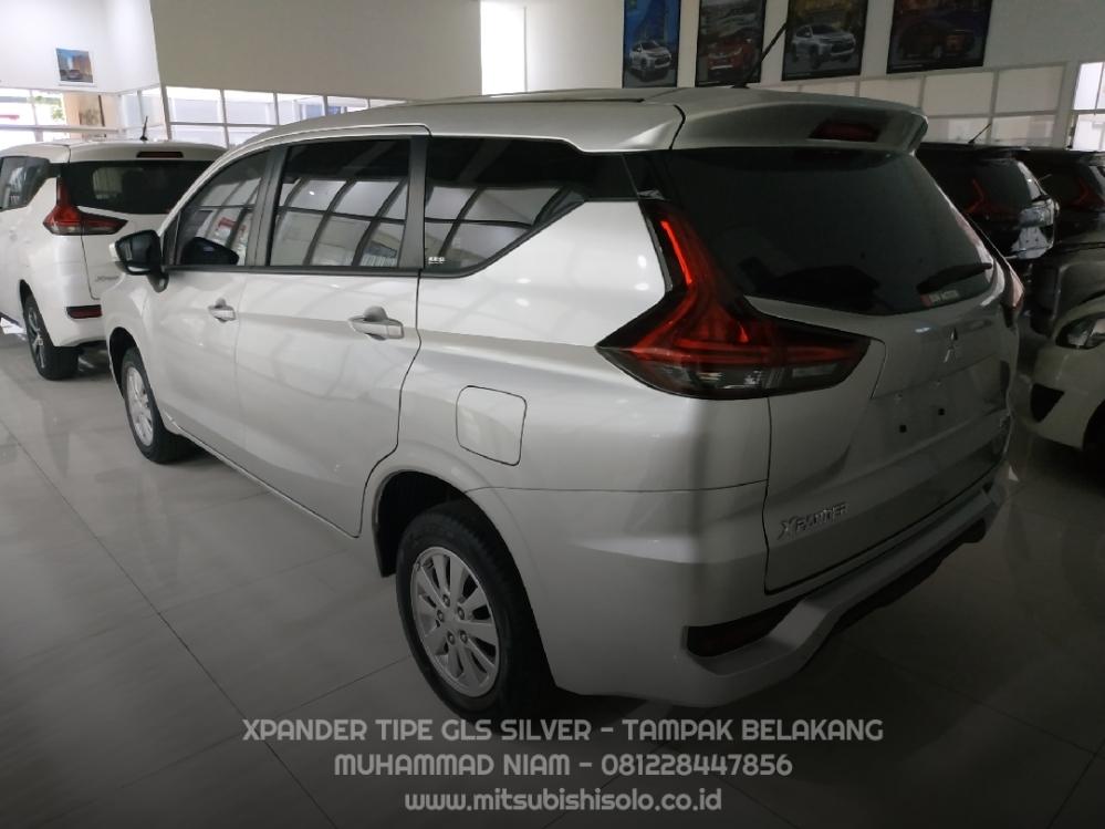 Mitsubishi Xpander GLS Silver Kredit Solo - Belakang