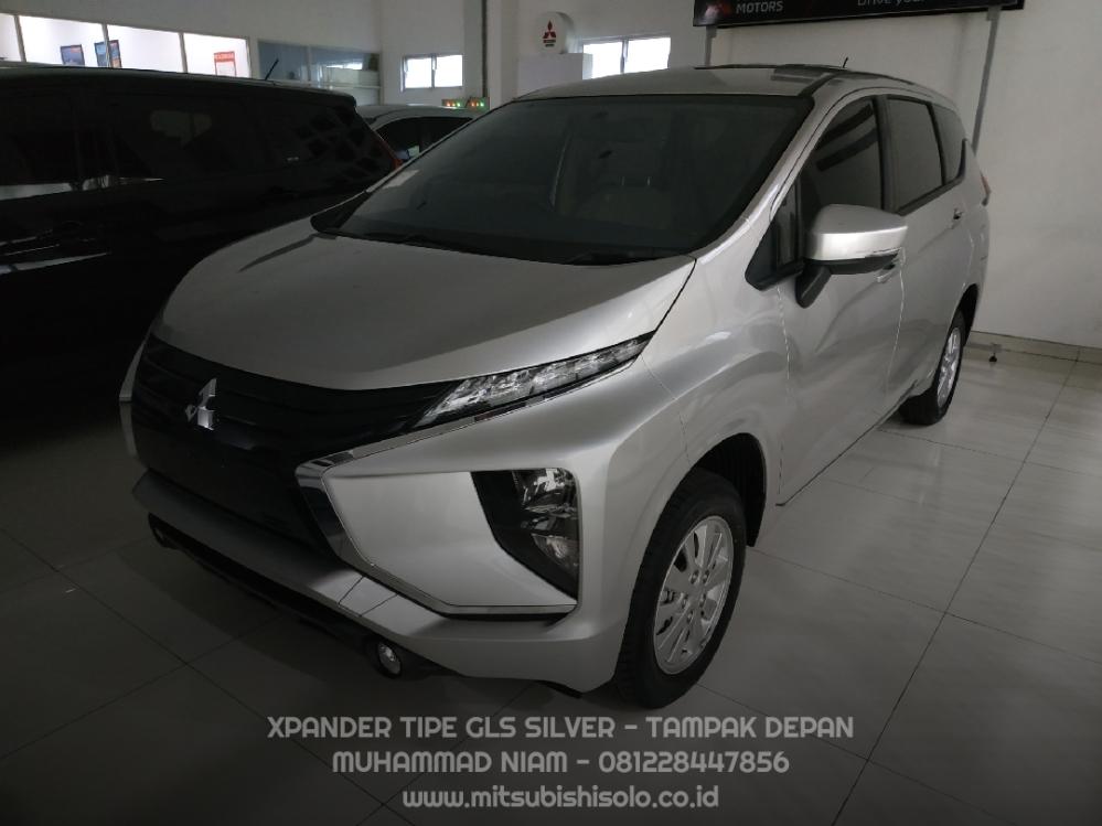 Mitsubishi Xpander GLS Silver Kredit Solo - Depan