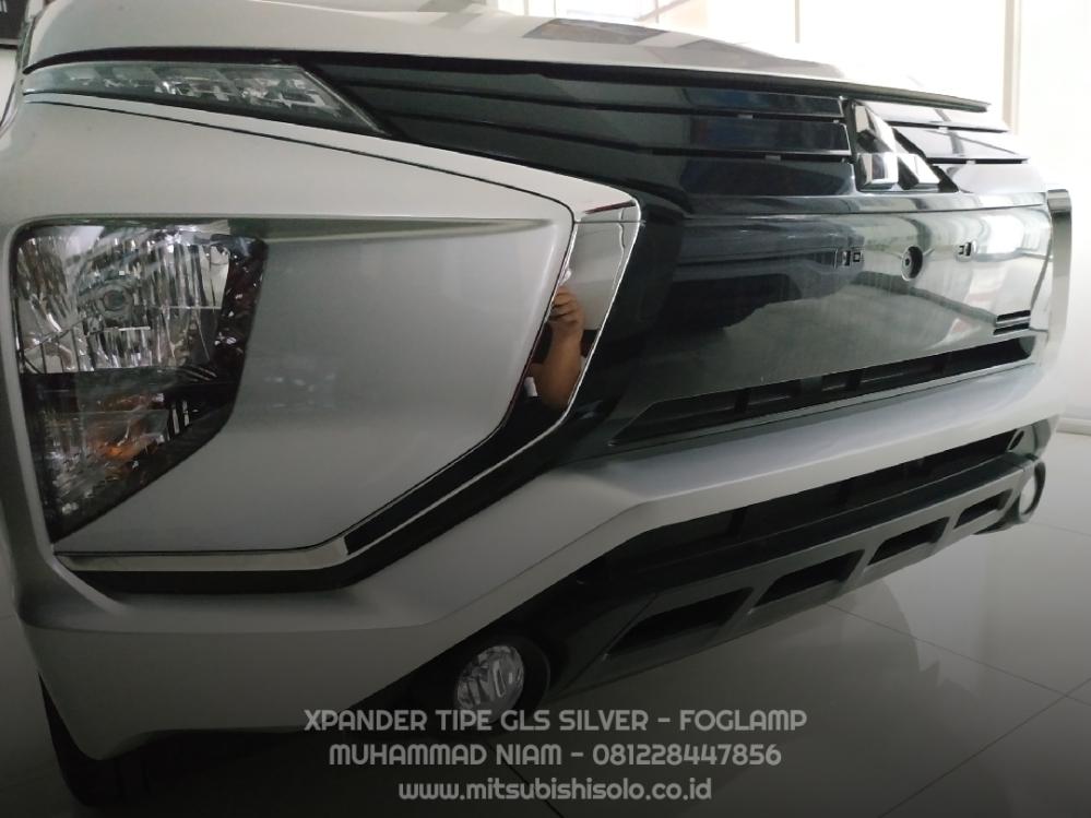 Mitsubishi Xpander GLS Silver Kredit Solo - Foglamp