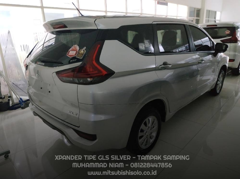 Mitsubishi Xpander GLS Silver Kredit Solo - Matic