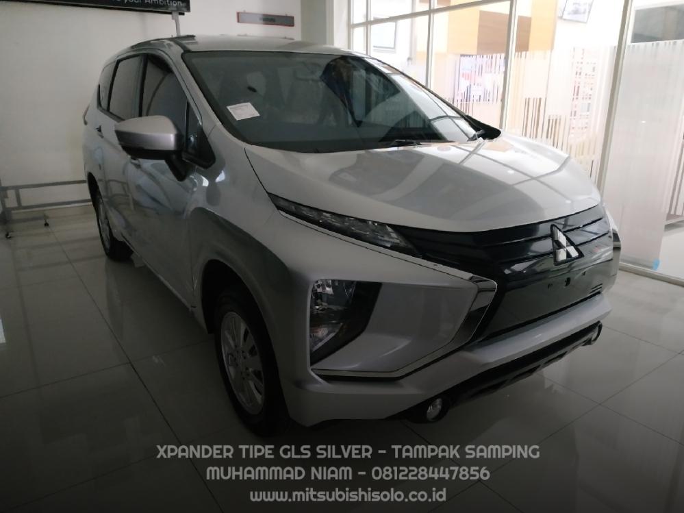 Mitsubishi Xpander GLS Silver Kredit Solo - Samping