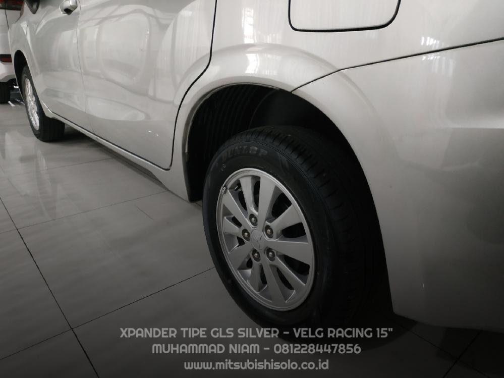 Mitsubishi Xpander GLS Silver Kredit Solo - Velg Racing