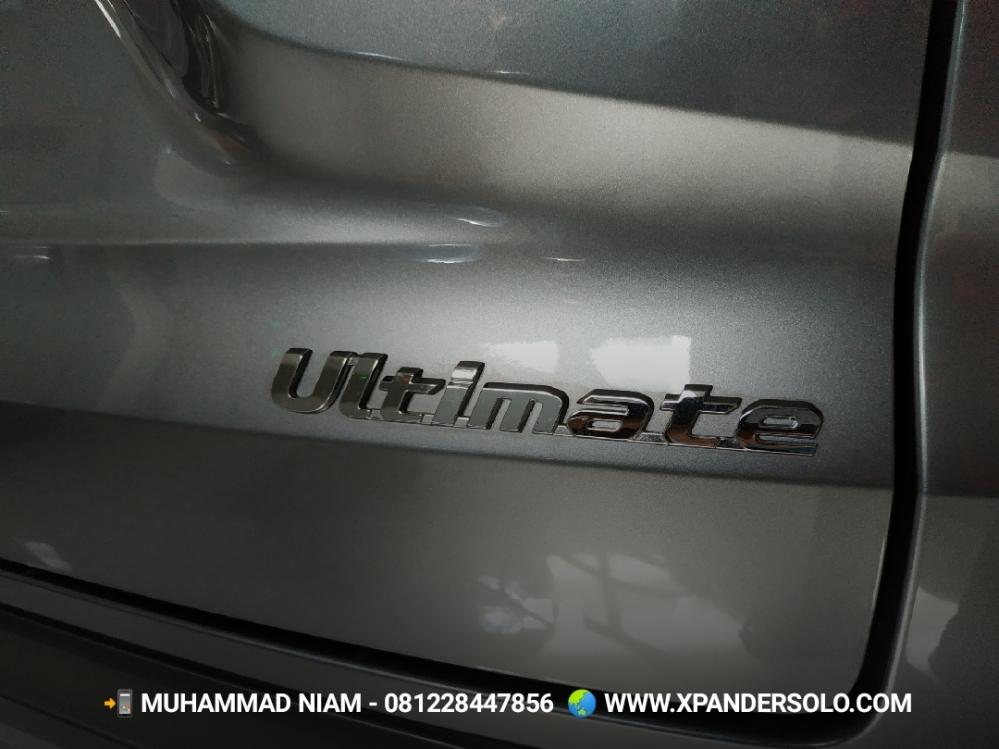 Mitsubishi Xpander Ultimate Grey Metalik Solo Dealer.jpg